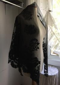 黒シルクレース大判四角ショール123 - スペイン・バルセロナ・アンティーク gyu's shop