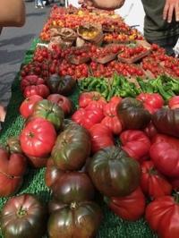エンジェル日曜市で野菜など買う - 島暮らしのケセラセラ