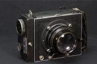 ZEISS_IKON  MIROFLEX-A  Biotessar 13.5cm F2.8 Digital-Version - ベルリンに思いを馳せて