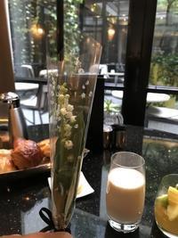 Paris メーデーの朝 💓 朝食 - Orchid◇girL in Singapore Ⅱ