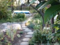 初夏の庭しごとガーデンシェッドの土台作り - シンプルで心地いい暮らし