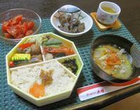 2019年5月13日(月) - 大食漢の質素な食卓