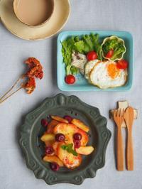 りんごとチェリートーストの朝ごはん - 陶器通販・益子焼 雑貨手作り陶器のサイトショップ 木のねのブログ