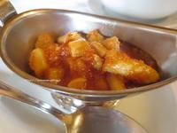 贅沢に白アスパラを食べる、トラットリア・ファットーリ - イタリアワインのこころ