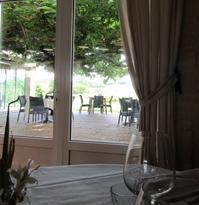 葡萄畑のレストラン - @ la pie.fr