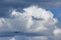 ぷかぷか雲も・・・~旭川空港~ - 自由な空と雲と気まぐれと ~from 旭川空港~