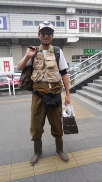Crazy Keiさん、群馬県の渓流でイワナを釣る!・・・の巻 - 店主のマニアック日記