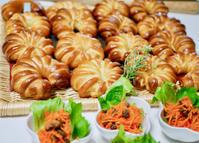 バターサンドとダブルチーズパン - パンとお菓子と美味しい時間 (パン教室ココット)