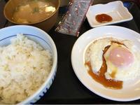12日 目玉焼き朝食と豚汁@なか卯 - 香港と黒猫とイズタマアル2
