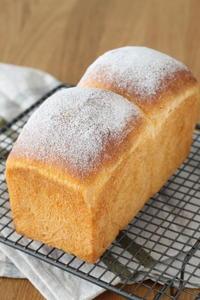 今月は変わり食パンです♪ - launa パンとお菓子と日々のこと