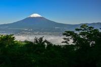 金時山登山道から見る富士山 - 風とこだま