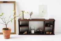 セリアグッズで「昭和レトロな飾り棚」を簡単DIY - pink pinko life