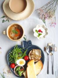 りんご皿ワンプレート - 陶器通販・益子焼 雑貨手作り陶器のサイトショップ 木のねのブログ