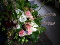 お見舞い用の花束。「華やか」。2019/06/15。 - 札幌 花屋 meLL flowers