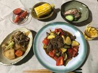 ズッキーニと牛肉の炒め - あらびき