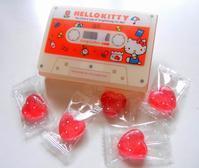 ハローキティの カセット型ケース入りキャンディ - ダリア日記帳