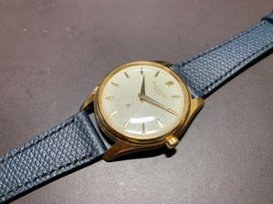 I wander to choose for straps, either brown or navy - PATEK PHILIPPE Blog by Luxurydays.