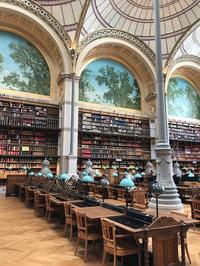 フランス国立図書館リシュリュー館でのディナー装花 - la petite couronne de fleur