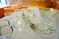 松岡ようじさガラス展5日目追加のガラスが届きました!! - うつわ楓店主たより