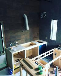 myhome その7 キッチン製作開始!照明器具、エアコン器具取付 - hiro works