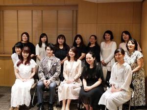 音楽とアートの共演「ヴィオラのイニシャル刺繍のハンカチ」@セブンアカデミーの講座にご参加くださった皆さまありがとうございました♡ - 東京・自由が丘  井上ちぐさの刺繍&カルトナージュ教室  Atelier Claire(アトリエクレア)