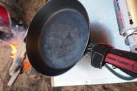 【マイナビ おすすめナビ掲載】焚き火テーブルのおすすめ5選 人気の囲炉裏型も - SAMのLIFEキャンプブログ Doors , In & Out !