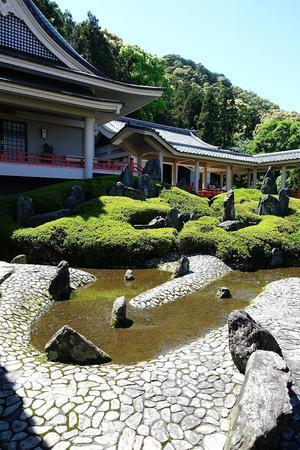 松尾大社 松風苑「曲水の庭」 - レトロな建物を訪ねて