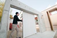 ガレージドアを再塗装−1 - 函館の建築家 『北崎 賢』日々の遊びと仕事