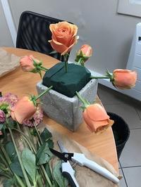 お花を飾ってホームパーティ - オセロブログ in PARIS