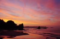 朝焼けと砂浜m - 雲空海
