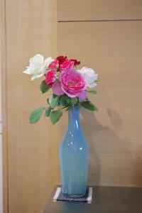 バラの花束 - 宙吹きガラスの器