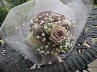 フラワーデザインミニブーケとグリーンの花束 - グリママの花日記