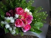 バレエの発表会に出演される女性へ花束。ちえりあ大ホールにお届け。2019/06/30。 - 札幌 花屋 meLL flowers