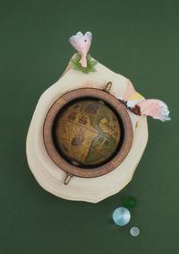 地球儀を廻して - 日々の営み 酒井賢司のイラストレーション倉庫