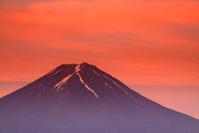 令和元年6月の富士(25)御坂峠の赤富士 - 富士への散歩道 ~撮影記~