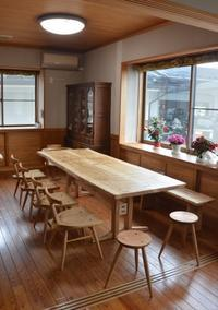家族全員で囲める家具 - 家具工房モク・木の家具ギャラリー 『工房だより』