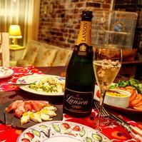 自分のためにシャンパンを! - 大好きなワインと素敵な食卓