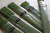 フェルトや立体刺繍のお花で使うワイヤーのお話 - フェルタート(R)・オフフープ(R)立体刺繍作家PieniSieniのブログ