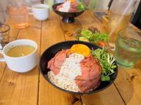 自家製ローストビーフ丼:肉バル529(青森市) - 津軽ジェンヌのcafe日記