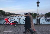 パリを歩く - 移動祝祭日 (a moveable feast)