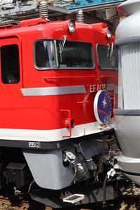 藤田八束の鉄道写真@青森駅でのカシオペア都の素晴らしい出会い、赤いボディに数字がかっこいいカシオペアに感動 - 藤田八束の日記