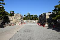 海に浮かぶ要塞、讃岐高松城を歩く。その2<桜御門、三ノ丸(披雲閣)> - 坂の上のサインボード