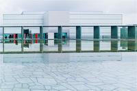 モダニズム建築 - 光のメロディー