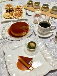 今月のテーブルウェア - 恋するお菓子