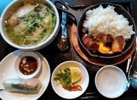 ベトナム料理屋さん再訪 - うまこの天袋