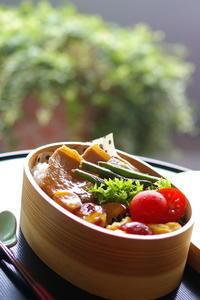 今日の豚生姜焼弁当と大学芋 - sweet+