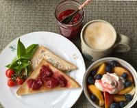私の朝ごはん&ご近所の花 - やせっぽちソプラノのキッチン2