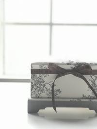 脚付きの箱 - COTTONTAIL