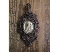 オーバルガラス 白い聖母の彫刻  /G467 - Glicinia 古道具店