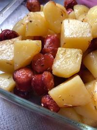 ジャガイモとソーセージとローズマリー - 森田ビルヂング